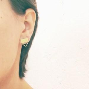 Hero earstuds
