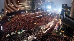 #corée 2 millions de manifestants à Séoul pour la démission de la présidente Park. Silence des médias occidentaux