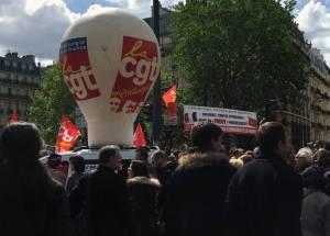 Ordonnances : la CGT dénonce le passage en force de Macron et appelle à la résistance