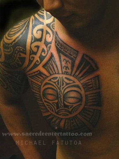 tatouages301 tatouage polynesien torse. Black Bedroom Furniture Sets. Home Design Ideas