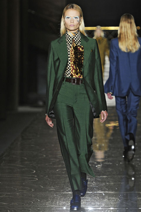 hbz-david-bowie-inspired-runway-miu-miu-fall-2012-getty