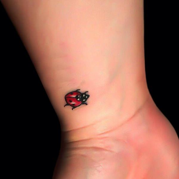 Simple Flower Tattoo Designs For Girls