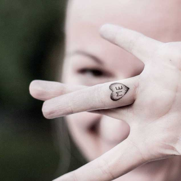 Tattoo Designs For Girls On Fingers