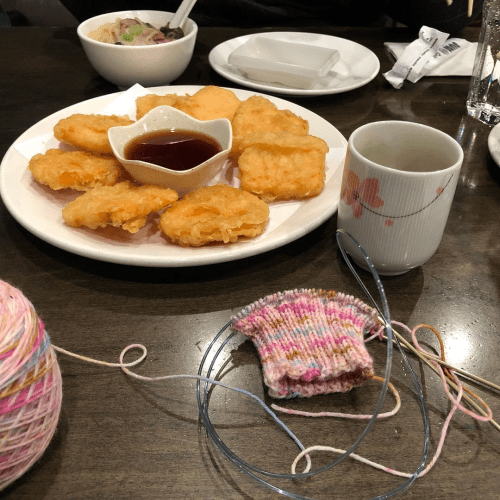 knitting socks at sushi