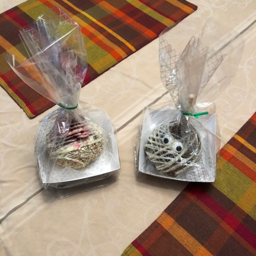 Rocky Mountain Chocolate Factory candy apples