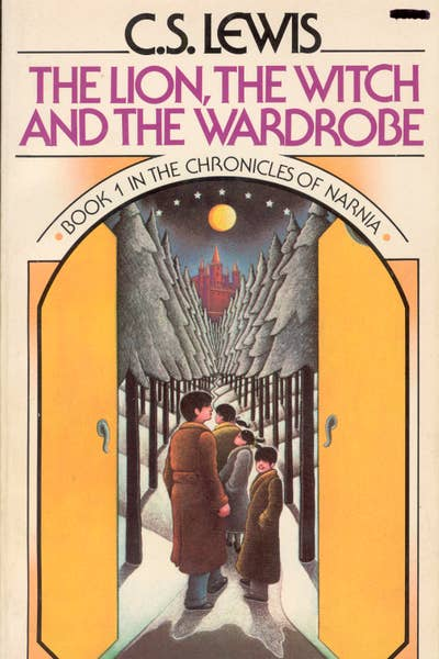 Book Cover: The Lion, The Witch and The Wardrobe by CS Lewis