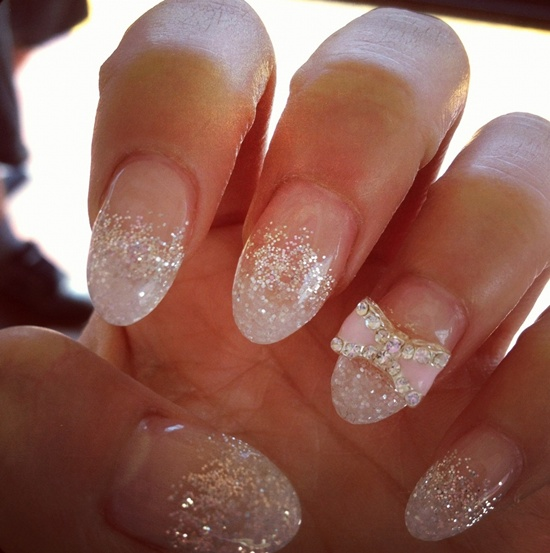 How To Put Glitter Dust On Gel Nails