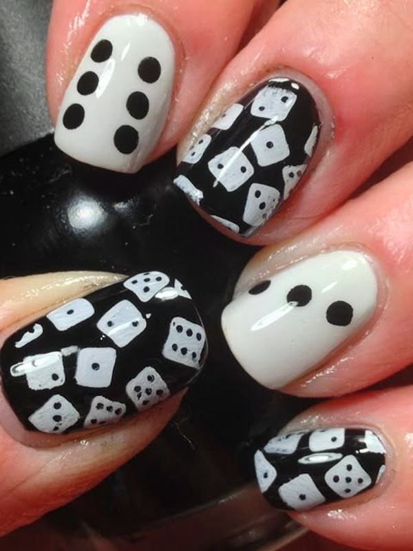 Black And White Nail Designs 17
