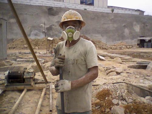 一座城市的崛起,一批工人的倒下: 湖南張家界塵肺病工人深圳艱難維權 | 陳允中 | 香港獨立媒體網