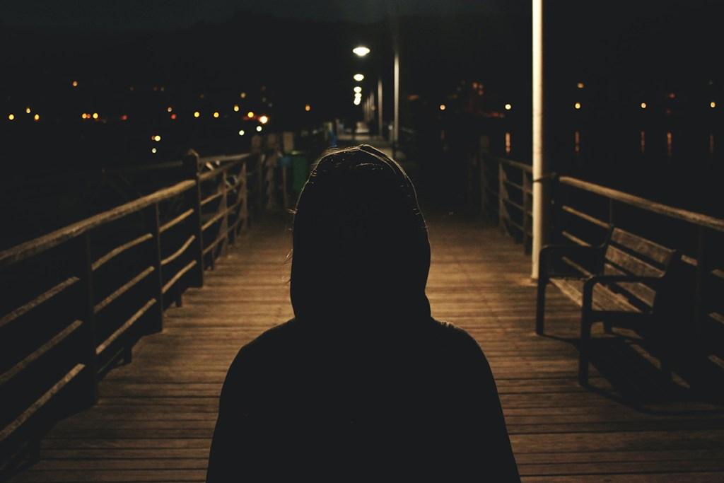 rimanere solo