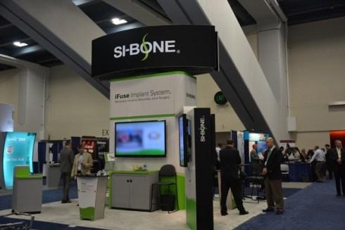 SI-Bone booth