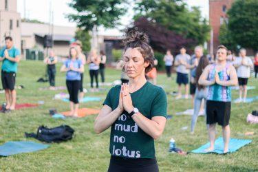 WFIQ - Yoga in the Park-14