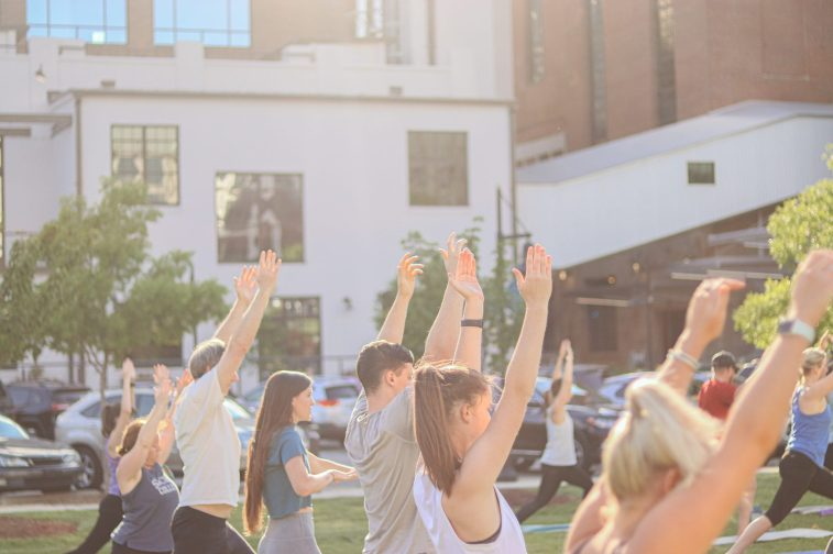 WFIQ - Yoga in the Park-22