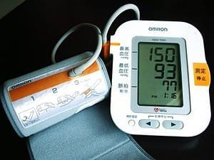 300px-Omron_Blood_Pressure_Monitor