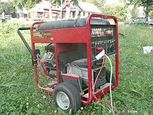 300px-Portable_electrical_generator_angle