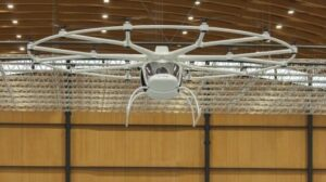 E-volo's 18-rotor electric Volocopter makes maiden flight