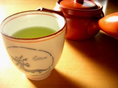 Green tea boosts your working memory. Credit: (Fig.: By Kanko from Nagasaki, Japan)