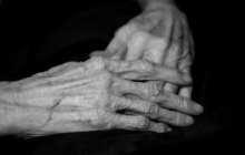 Melatonin makes old bones stronger