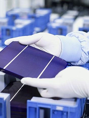 monokristalline Solarzelle (Photo credit: Wikipedia)