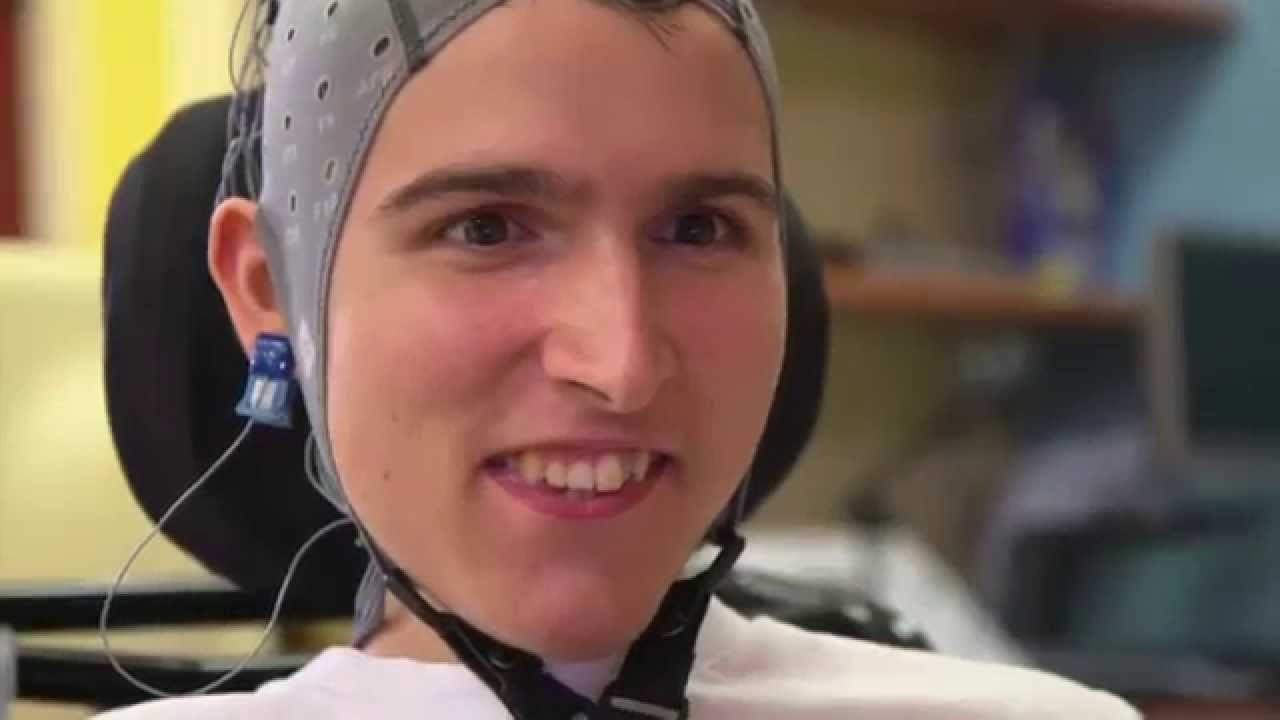 Disabled people pilot a robot remotely with their thoughts