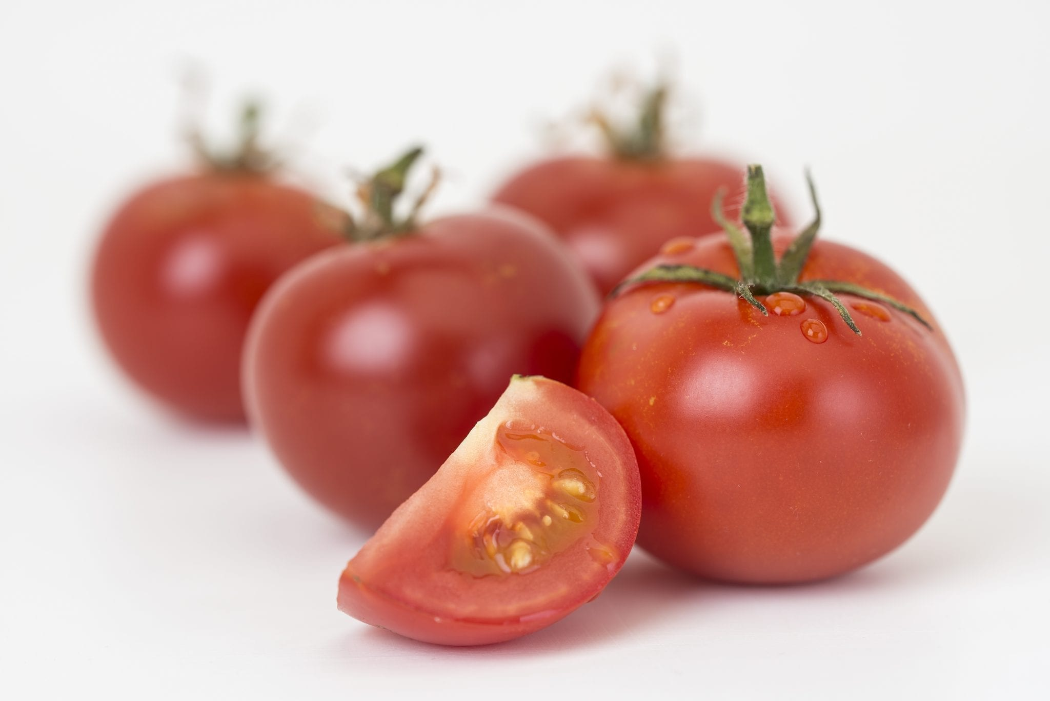 Scientists produce beneficial natural compounds in tomato