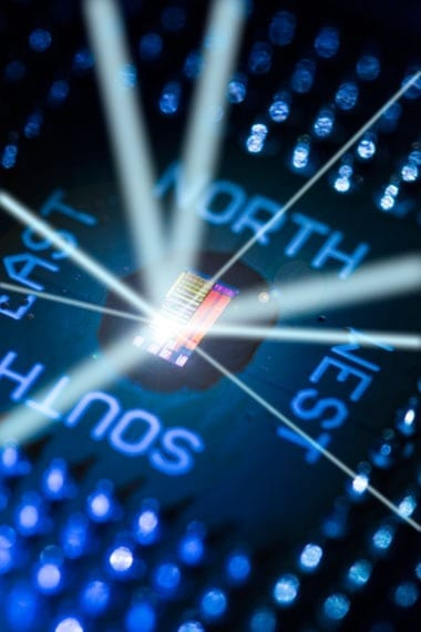 Engineers demo first processor that uses light for ultrafast communications - Photonic-Electronic Microprocessors