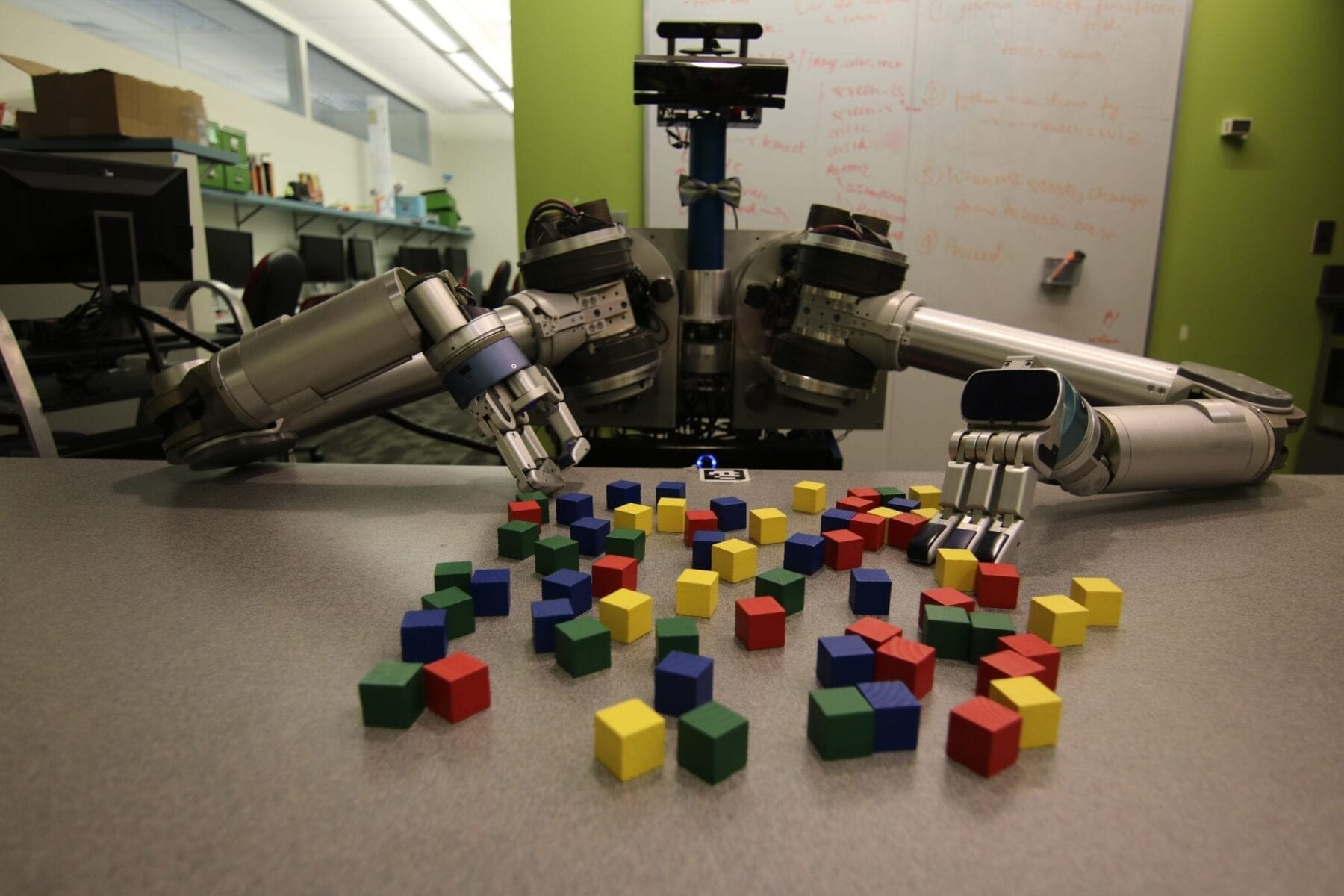 Robots Get Creative To Cut Through Clutter