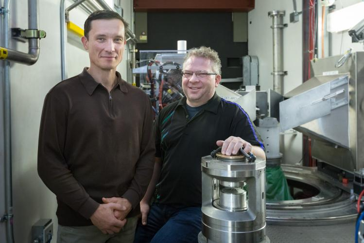 High pressures rather than high temperatures initiate new chemical reactions