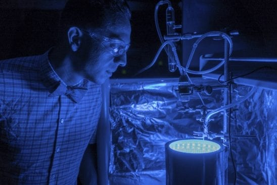A new way to trigger artificial photosynthesis that cleans air and produces energy at the same time