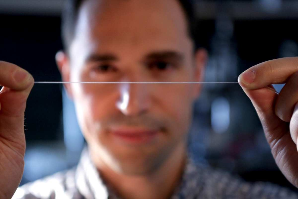 New elastic smart fiber set to revolutionize smart clothing, prostheses and artificial nerves for robots