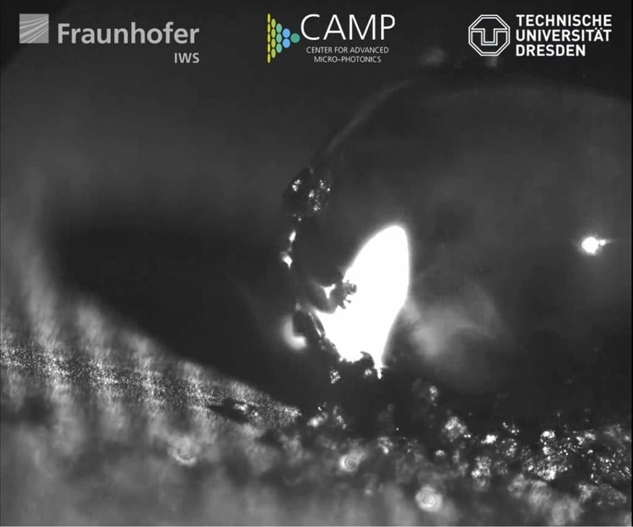 "Water drops do not adhere to the self-cleaning aluminium surface. The latter has been functionalized by a team of ""CAMP"" scientists using direct laser interference patterning (DLIP). Credit: Fraunhofer IWS Dresden"