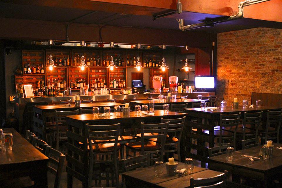 restaurant furniture canada helps