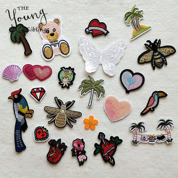 Cartoon Decorative Patch Heart tree butterfly Pattern Embroidered Applique Patches For DIY Iron on Patch Stickers Cartoon Decorative Patch Heart tree butterfly Pattern Embroidered Applique Patches For DIY Iron on Patch Stickers on The Clothes