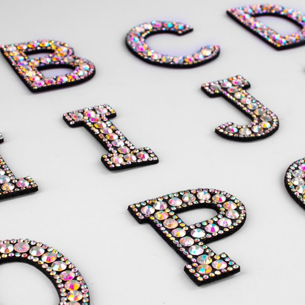 A Z 1pcs Rhinestone English Alphabet Letter Applique 3D Iron On letters Patch For Clothing Badge 2 A-Z 1pcs Rhinestone English Alphabet Letter Applique 3D Iron On letters Patch For Clothing Badge Paste For Clothes Bag Shoes