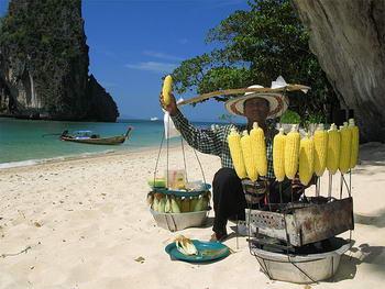 Venditori ambulanti a Krabi