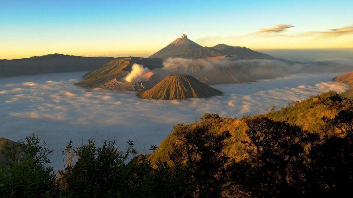 Una delle attrazioni principali in indonesia è rappresentata dal Parco Nazionale di Bromo-Tengger- Semeru