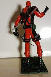 Model Of Deadpool And Harley Quinn Painted