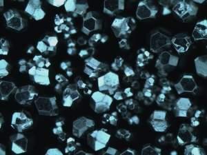 Diamantes são produzidos explodindo CO2
