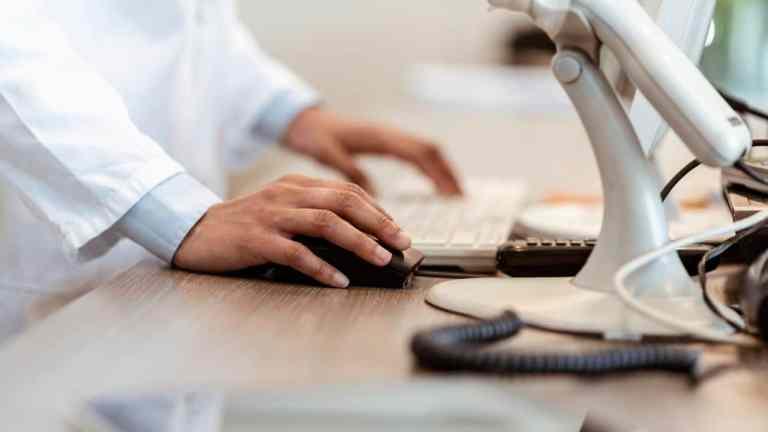 Software para farmácias: saiba como escolher a melhor opção