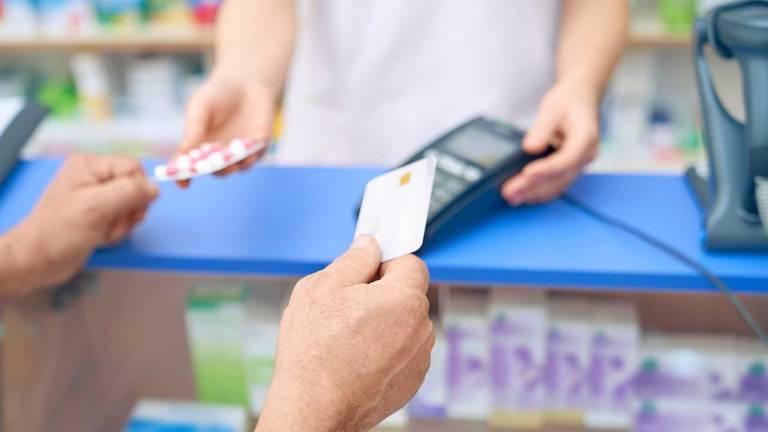 dicas de como organizar as contas na farmácia