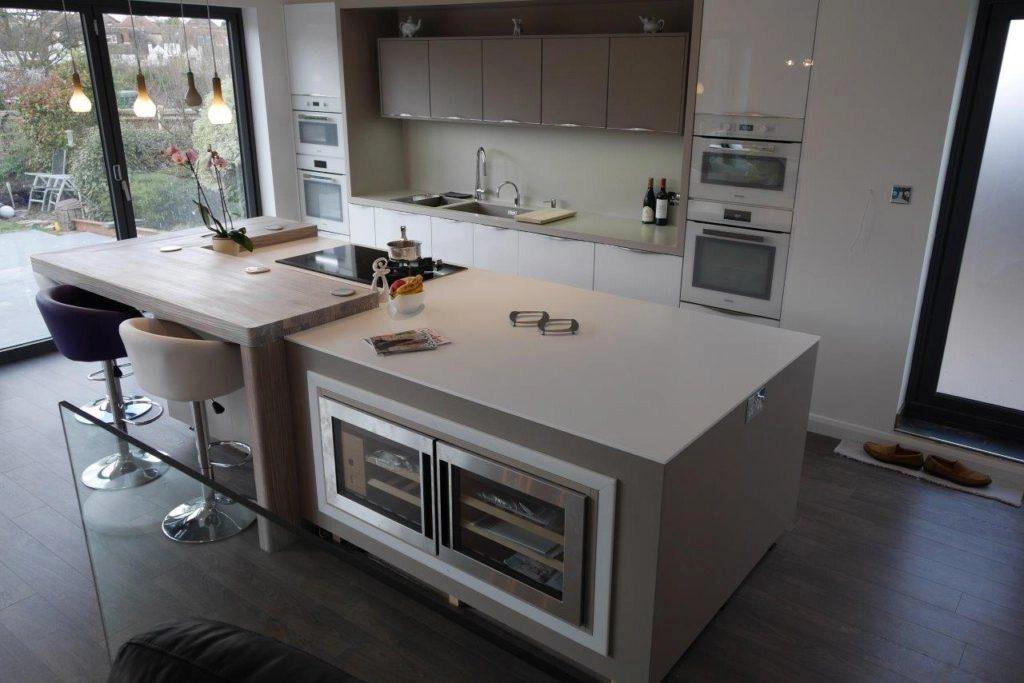 Kitchen Island Worktops – What Is The Best Option? Inovastone