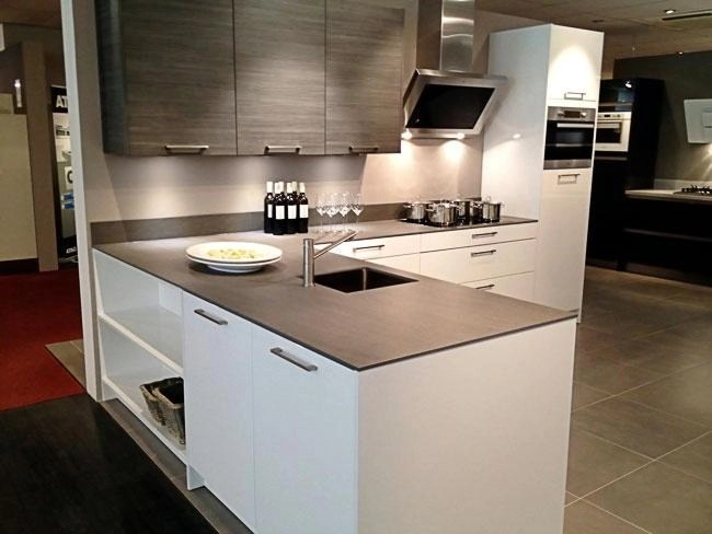 Ceramic Kitchen  Bathroom Worktops in London UK  InovaStone