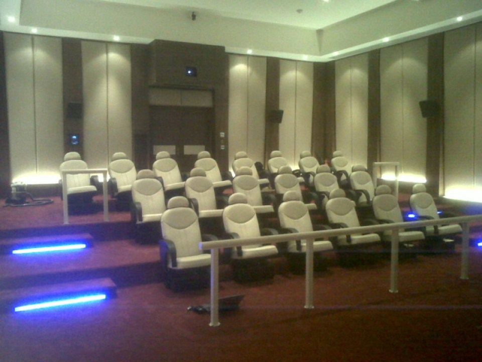 Qatar Palace Home Theater X4D Cinema Seats