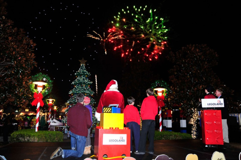 LEGOLAND California 2012 Holiday Tree Lighting Ceremony
