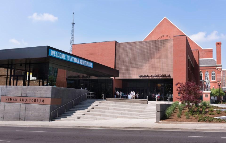 Photo_credit_Steve_Lowry-Ryman_Auditorium