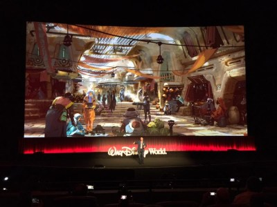 Scott Trowbridge of WDI shares concepts from the coming Star Wars lands to be in Disney parks. Photo: Cheryl Rosen