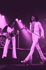 Queen 8_Hammersmith Odeon_(c)Douglas Puddifoot _F