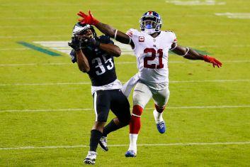 Philadelphia Eagles beat New York Giants on Boston Scott's TD catch from  Carson Wentz in 22-21 win