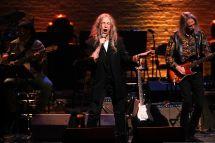 Watch Patti Smith Sings Bob Dylan Met