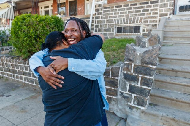After 13 years in prison and four trials, inmate who defended himself acquitted in 2006 West Philly murder